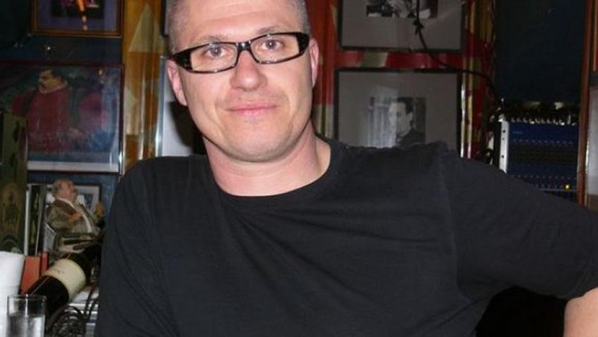 Sarajevski Pisac Ponovo U žiži Svjetskih Medija
