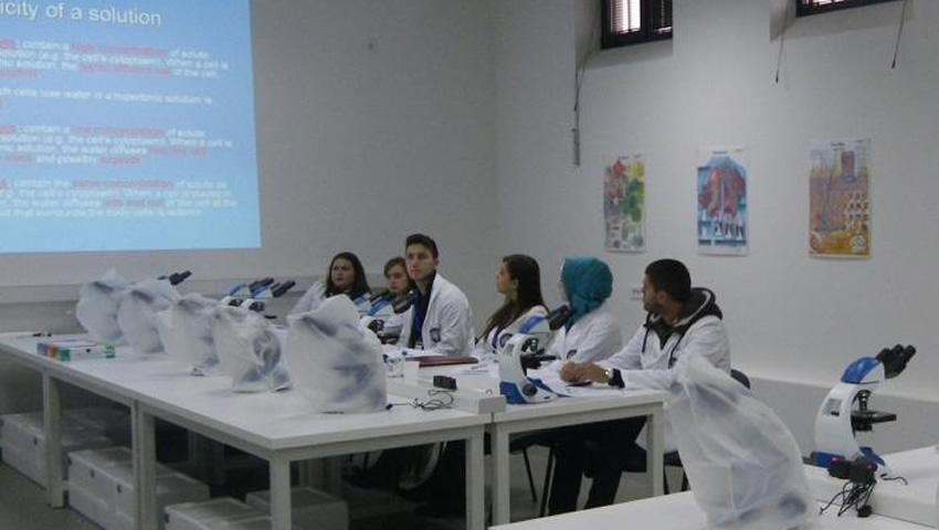 Konferencija Iz Oblasti Medicine I Hirurgije Na Medicinskom Fakultetu SSST