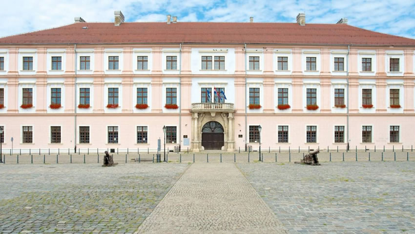 1 St Osijek Anterior Cervical Spine International Neurosurgical Course
