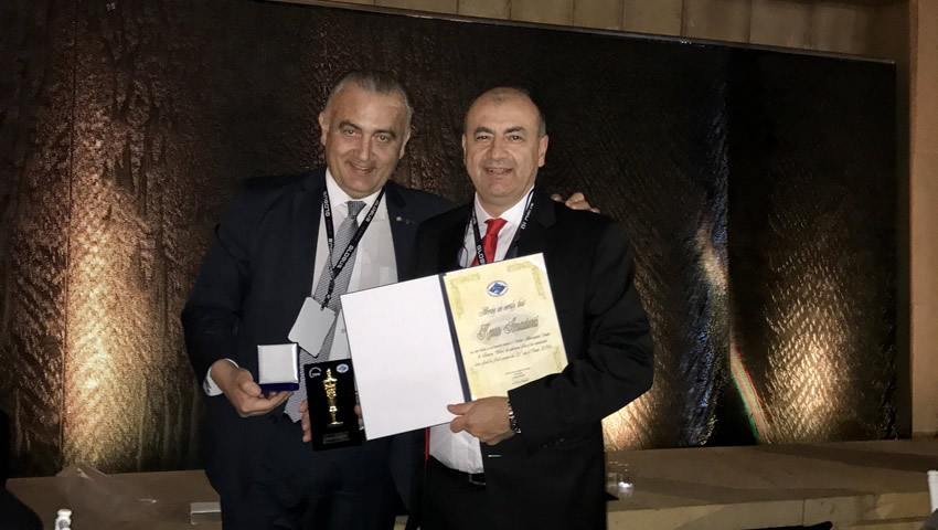 Dr Arnautovic Receiving Honorary Membership Of The Serbian Neurosurgical Society